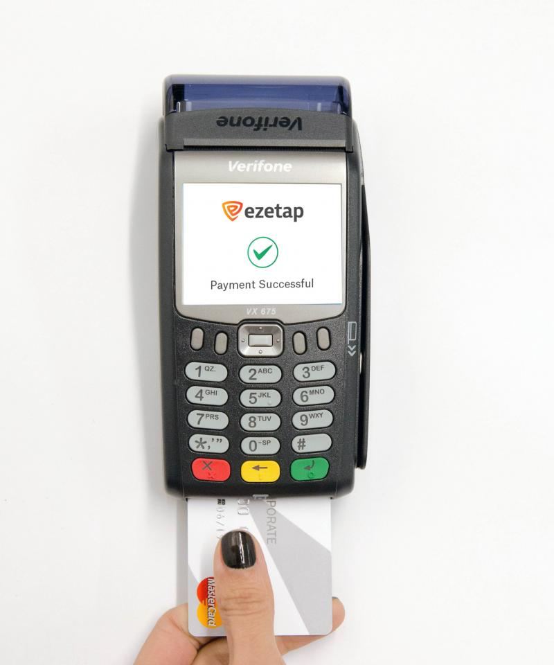 Ezetap p2p payments, Verifone Vx675 portable payment device showing EZE tap payment using EMV